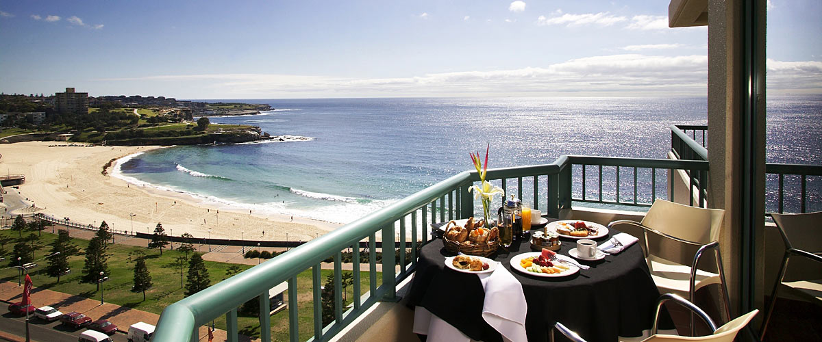 Crowne-Plaza-Coogee-Beach-view-1